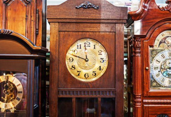 Hardwicks Clocks Slider